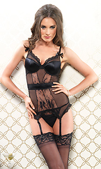 2PC.Padded underwire cami garter and thong